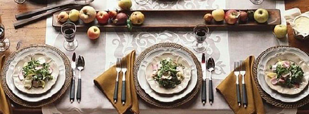 Table setting ideas for a simple dinner